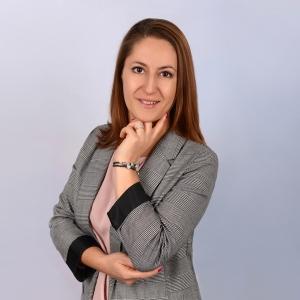 JOANNA HULAK